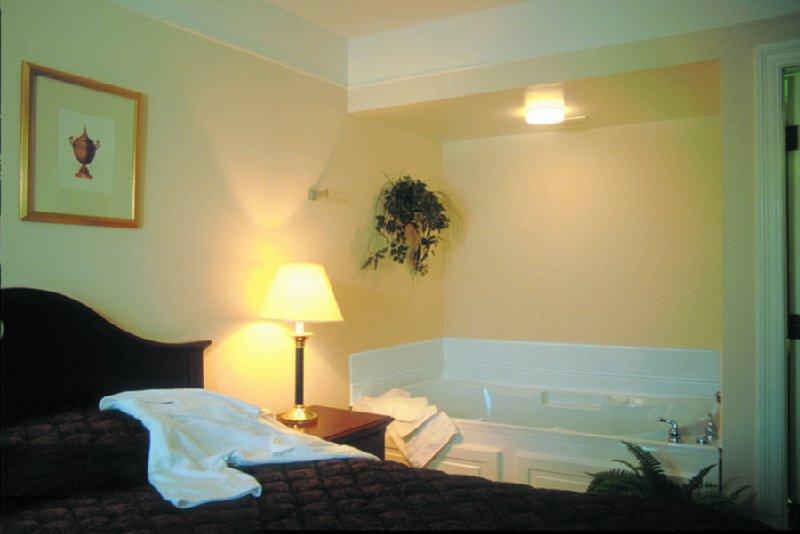 Imperial Swan Hotel And Suites Lakeland