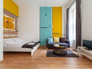 Tatra 4 Studios Apartments