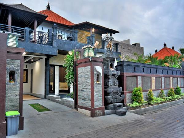 Moyo Residence Bali