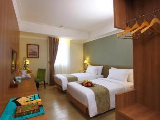 /fi-fi/aziza-hotel-solo-by-horison/hotel/solo-surakarta-id.html?asq=vrkGgIUsL%2bbahMd1T3QaFc8vtOD6pz9C2Mlrix6aGww%3d