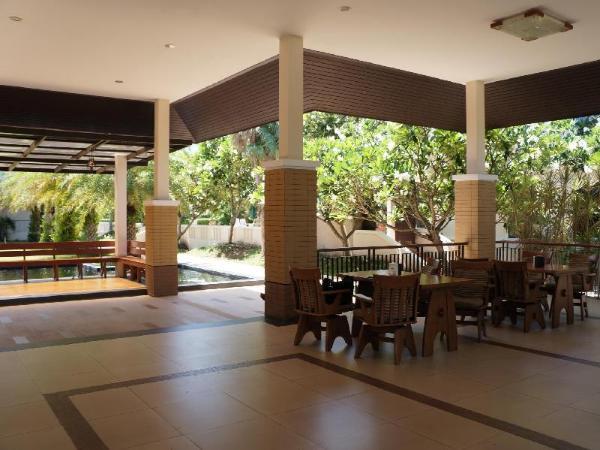 Tarakool Hotel Chum Phae