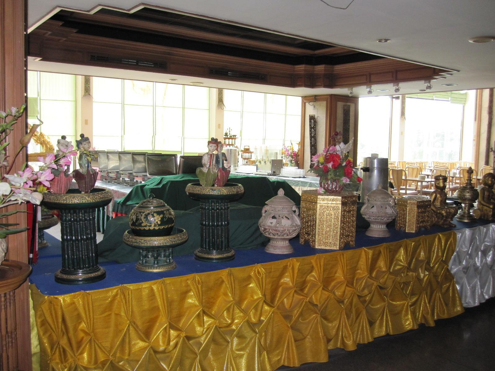 Diamond River Ping Petch-Ngam Hotel โรงแรมไดมอนด์ ริเวอร์ปิง เพชรงาม