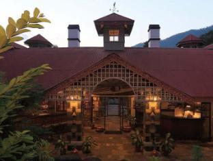 Riverside Spring Resort Chitwan - Interior