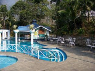 Riverside Spring Resort Chitwan - Swimming Pool