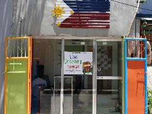 picture 1 of The Jeepney House by Filipinas Holiturs