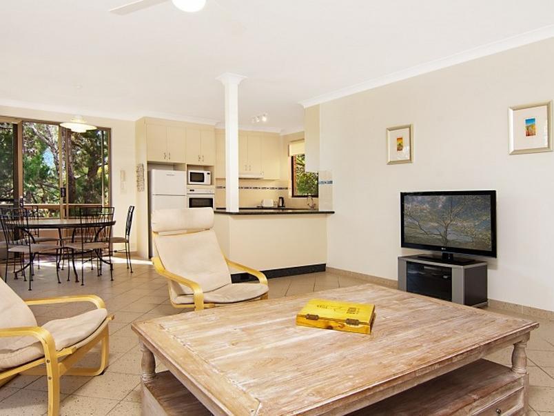 Byron Breeze 5 Apartment