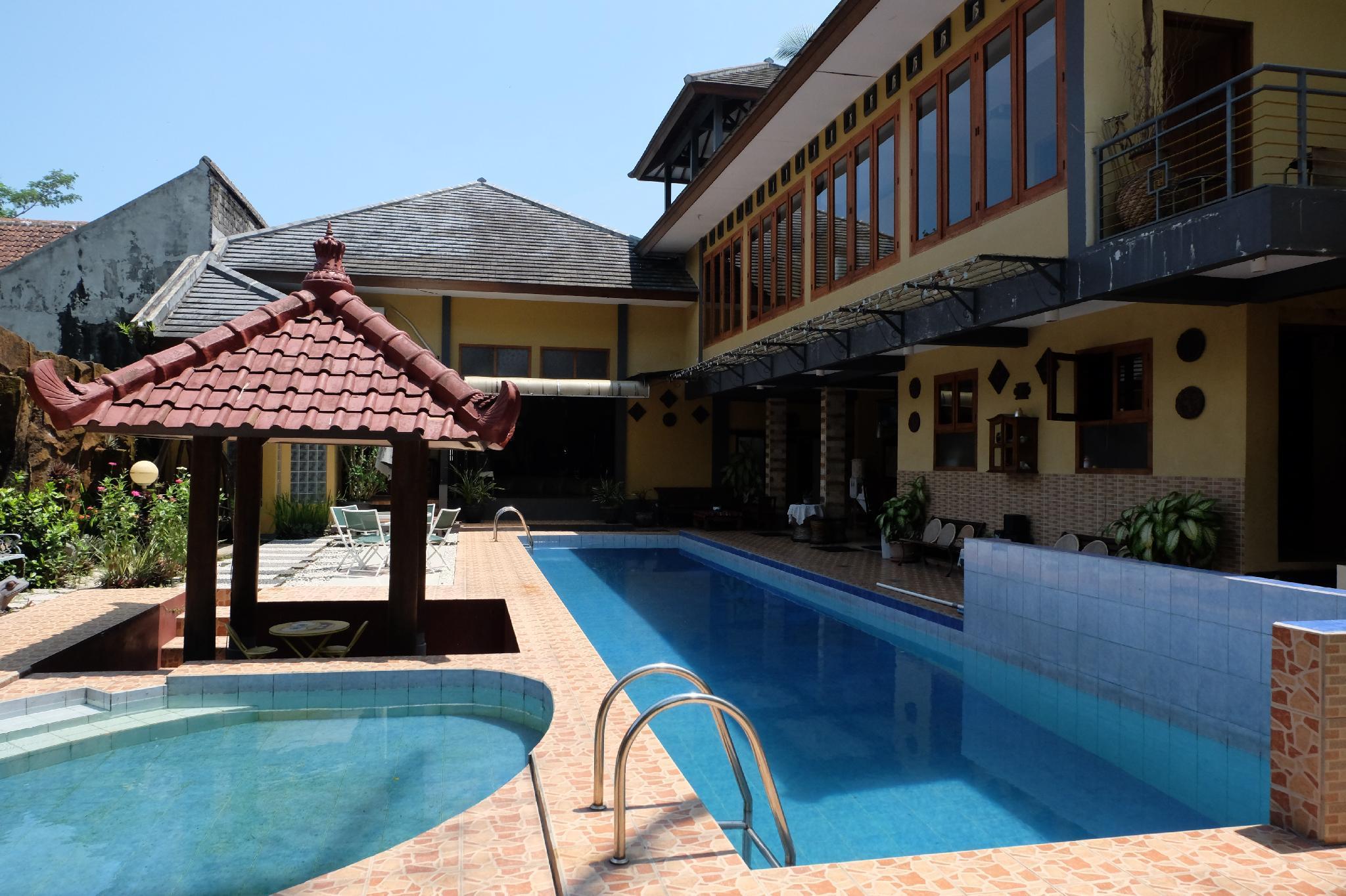Villa Alifa