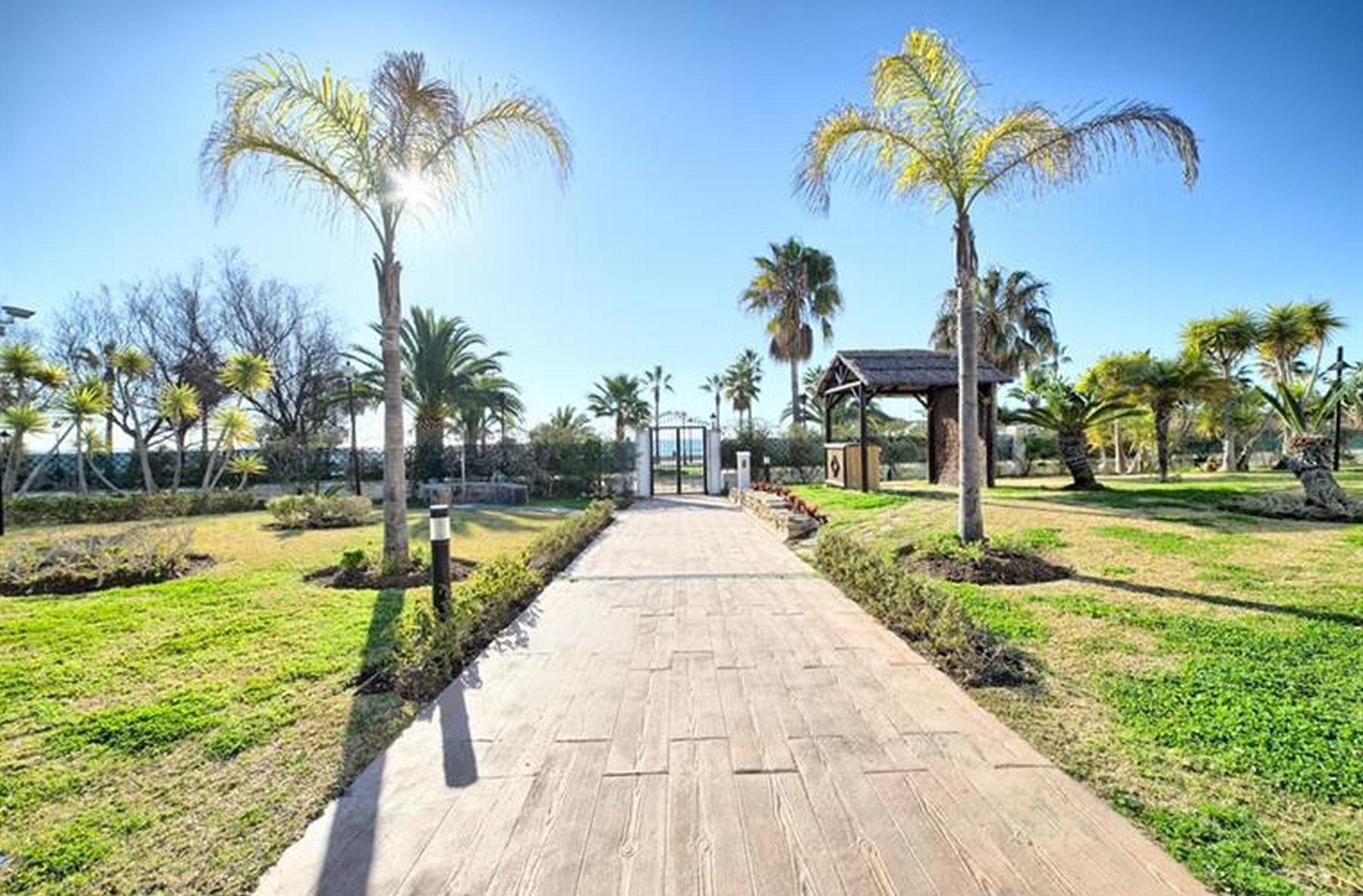 Infocom Apartments Playa Rocio