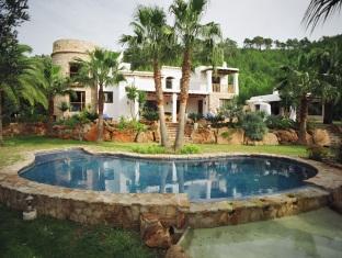 Villa Torres Caron