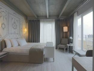 Balsamo Hotel And Suites