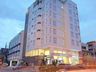 オーラムワン ホテル マカティ