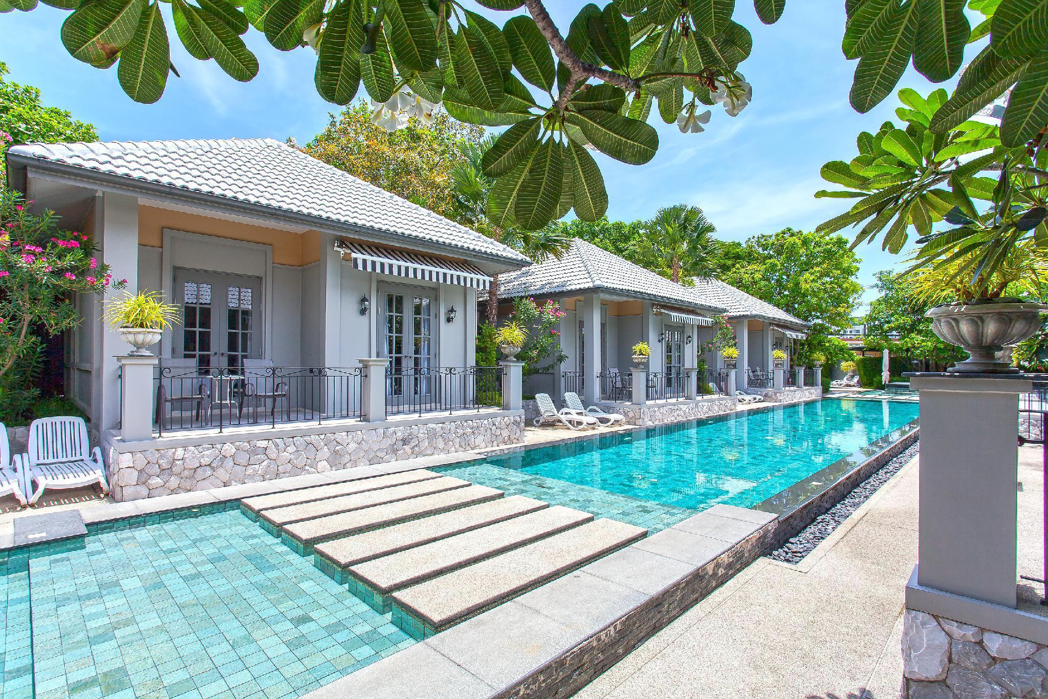 Pattaya Retreat Pool Villas 12 Bedroom Sleeps 24 Pattaya Retreat Pool Villas 12 Bedroom Sleeps 24