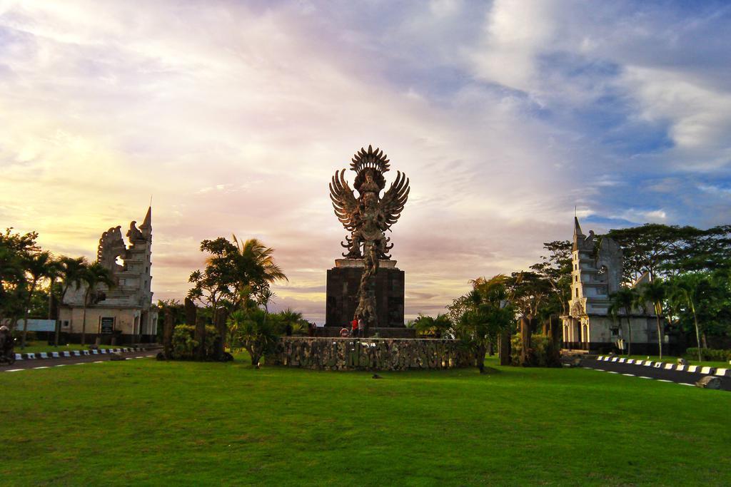 3 BDR Luxury Private Villa At Nusa Dua Bali