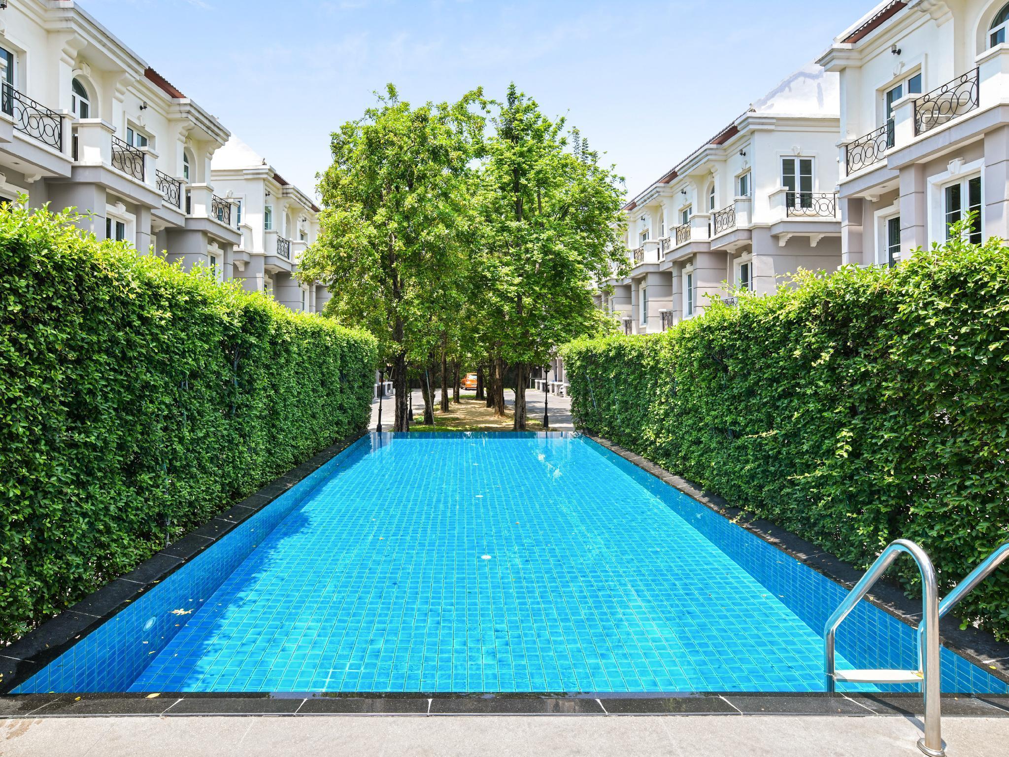 3 Bedrooms PerFect Home 106 at Sukhumvit 16 3 Bedrooms PerFect Home 106 at Sukhumvit 16