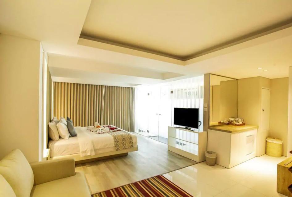 107 Suite Room Beach Front At Nusa Dua  SB
