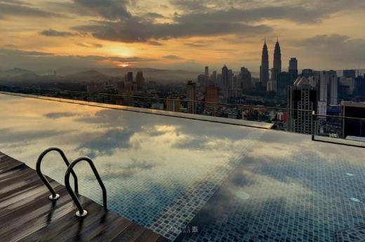 KL Skyline Hostel & Rooftop Infinity Skypool