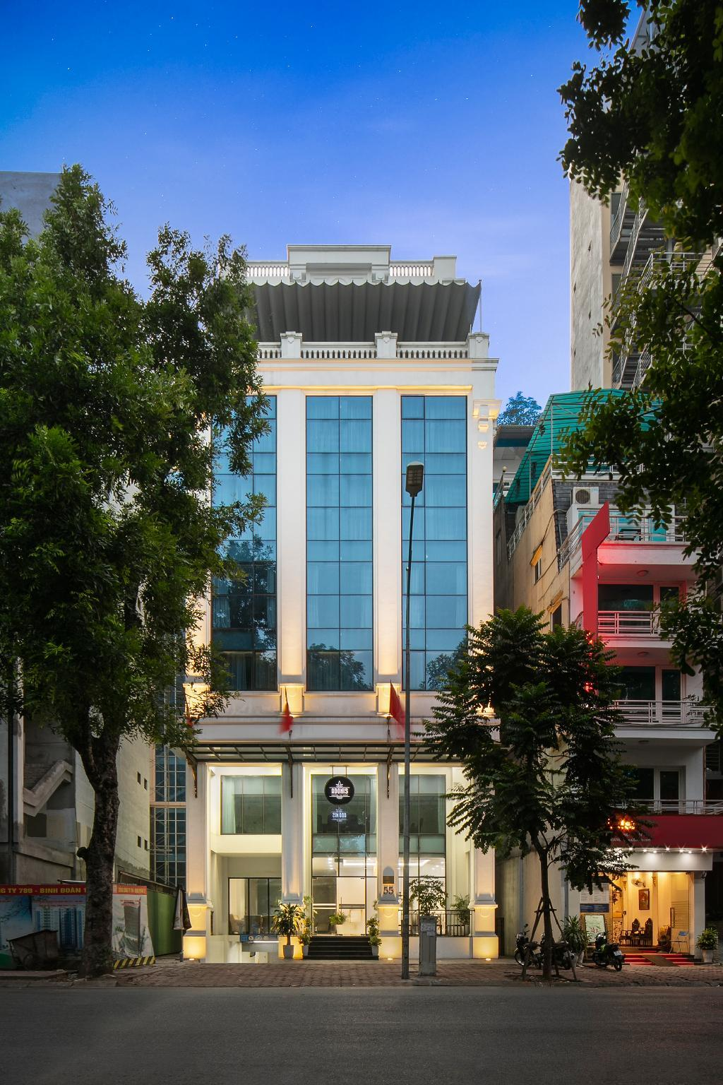Adonis Hanoi Hotel