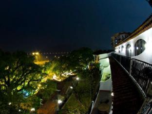 Pousada De Sao Tiago Hotel Macau - Night View