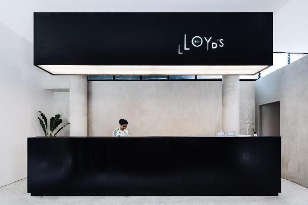Lloyd's Inn Bali