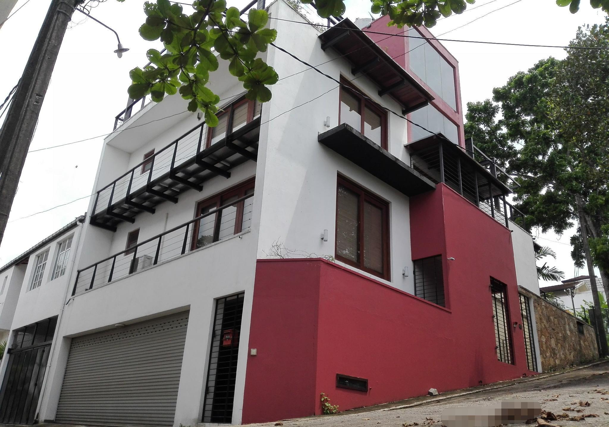 Cube House B&B