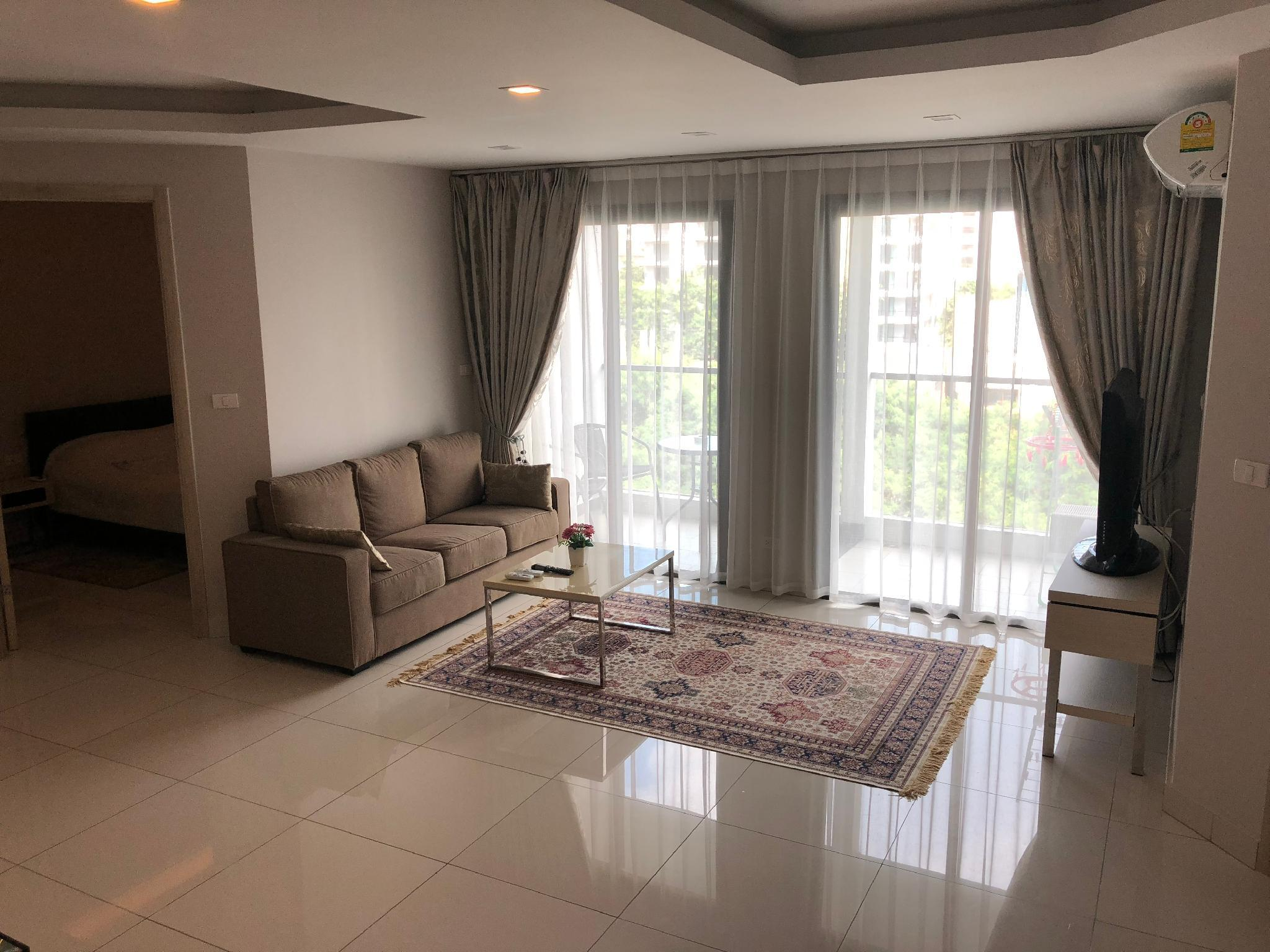 Two Bedroom Cosy Apartment On Pratumnak Hill