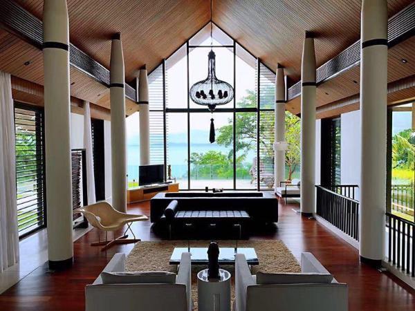 Villa Chloe Phuket by Elegant Villas and Home 4BR Phuket