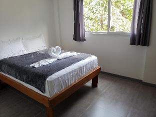 picture 3 of scandi apartment unit1