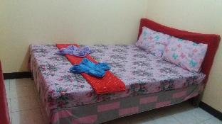 picture 4 of clean and comfortable bedrooms