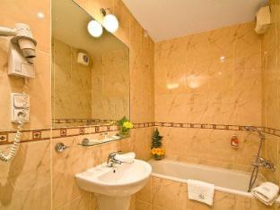 Raffaello Hotel Prague - Bathroom