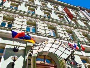 Raffaello Hotel Prague - Exterior
