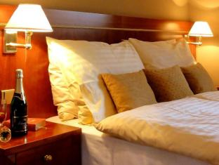 Raffaello Hotel Prague - Guest Room