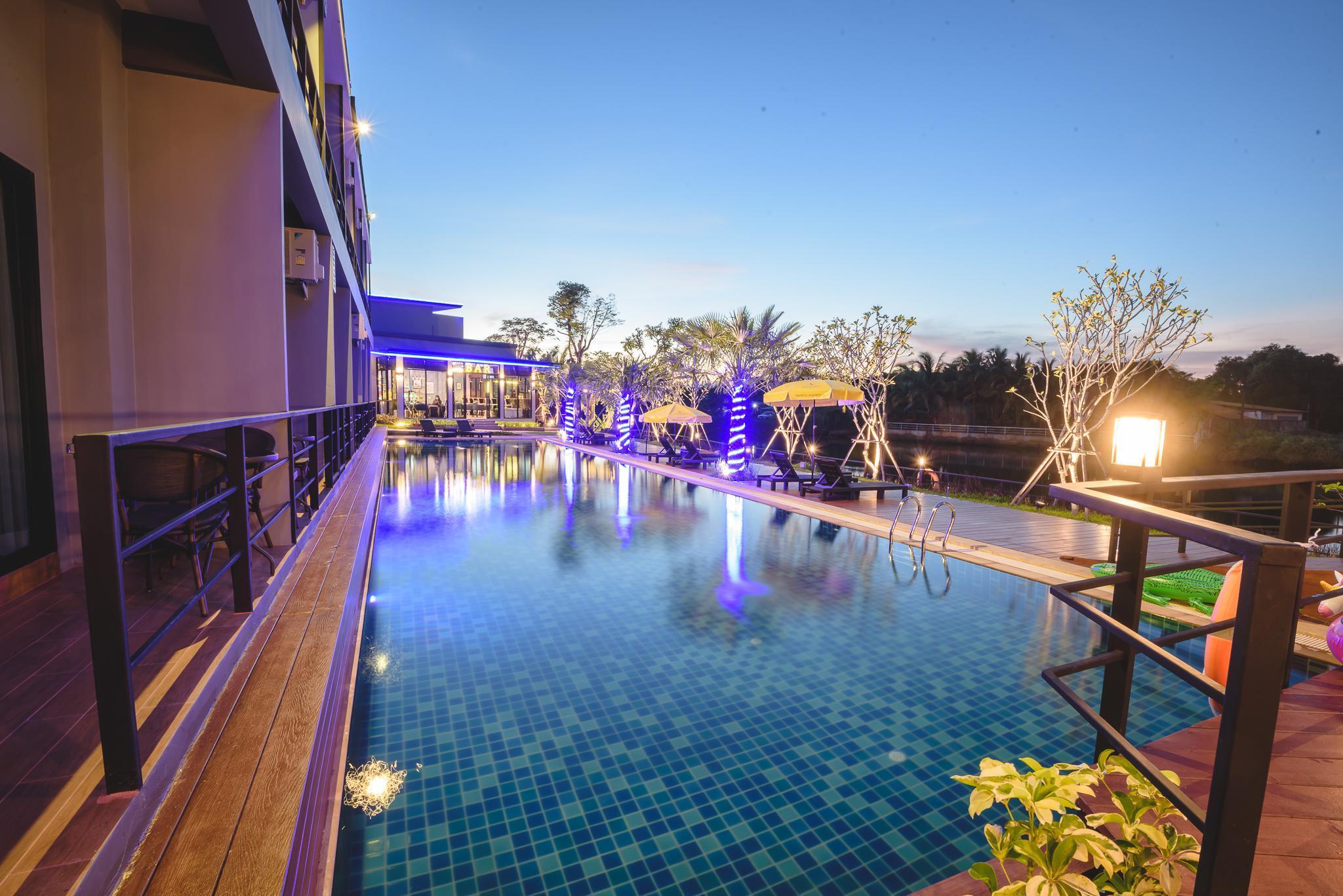Phuengluang Riverside Hotel
