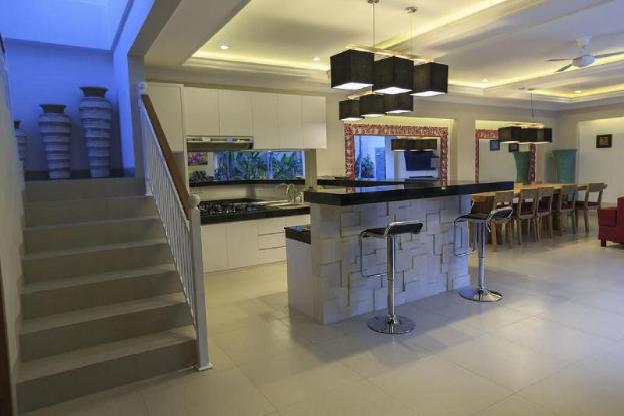 5 BDR Villa Near Seminyak Square