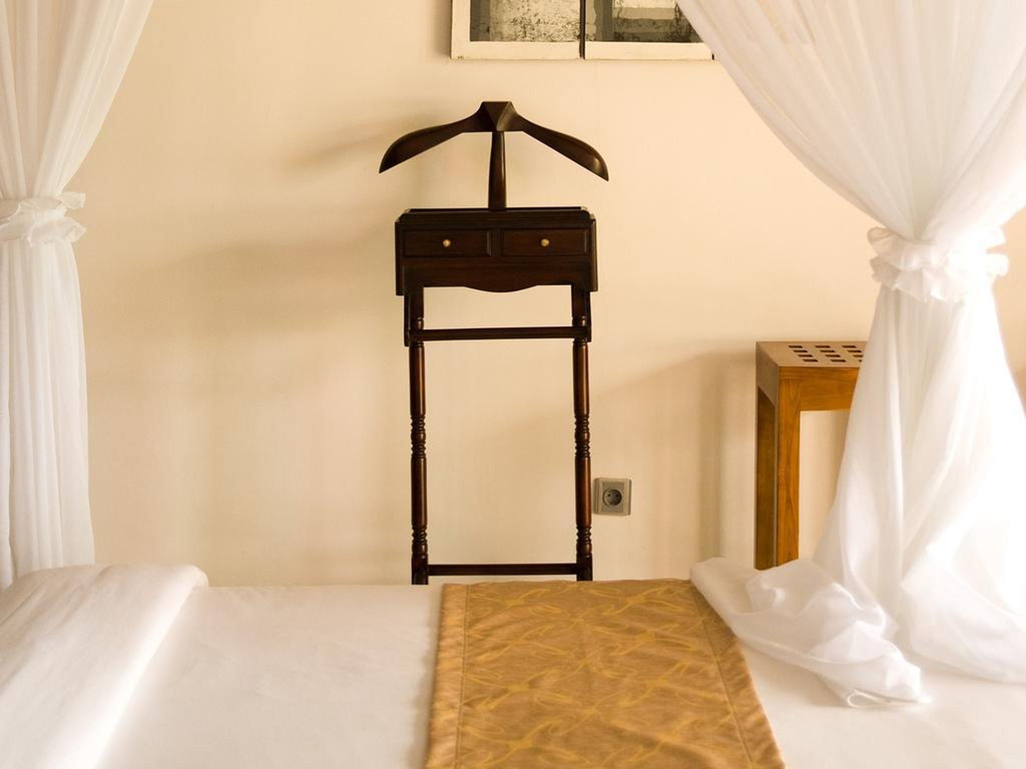 Romantic One Bedroom Near GWK