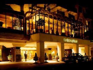 Jumeirah Carlton Tower Hotel