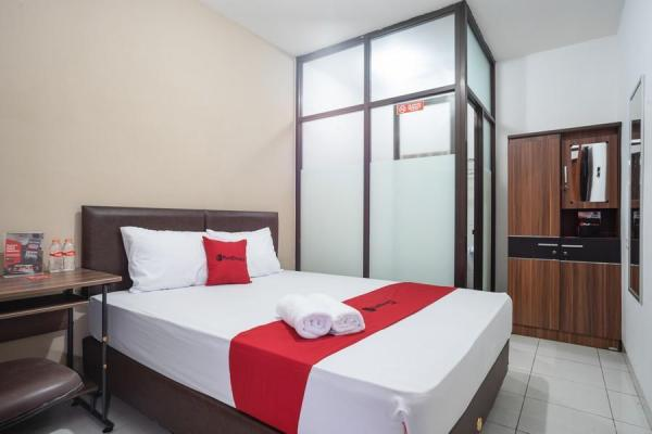 Bougenvil Guesthouse Tangerang