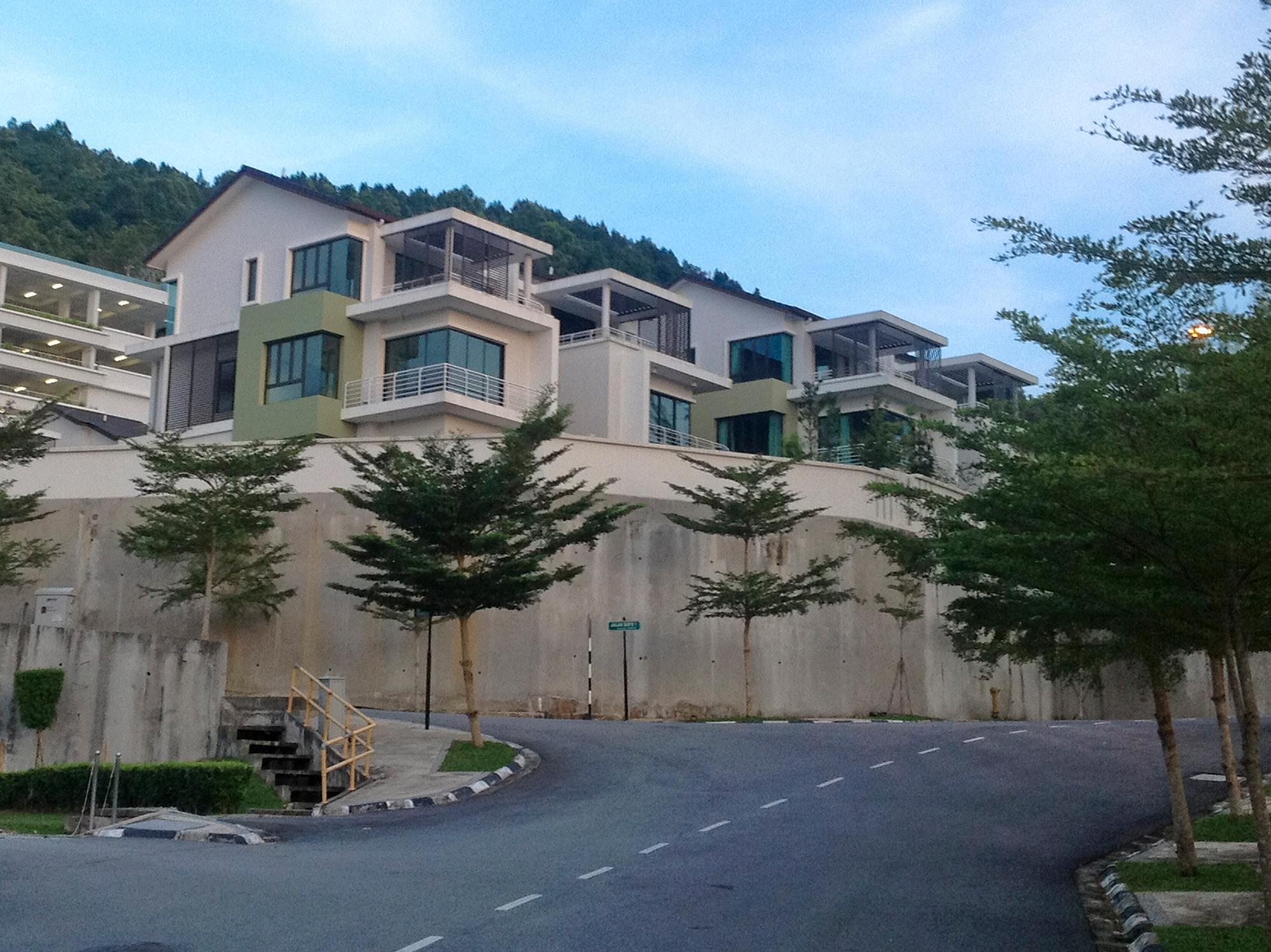 Bayu Ferringhi Villa