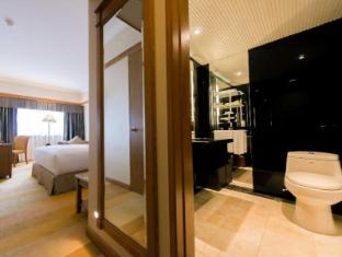 โรงแรมซินทรา มาเก๊า - ห้องน้ำ