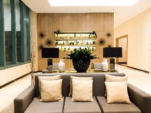 picture 5 of Attractive 1BR with WiFi near Grand Hyatt Hotel