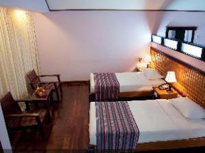 Hotel Zwekabin