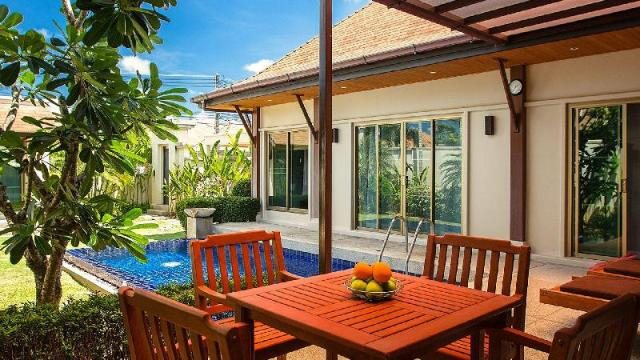 3 Bedrooms + 3 Bathrooms Villa in Rawai