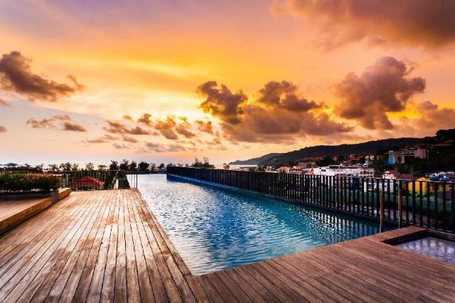 D48 - Luxury Patong Beach Studio for 2 with Pool & Gym