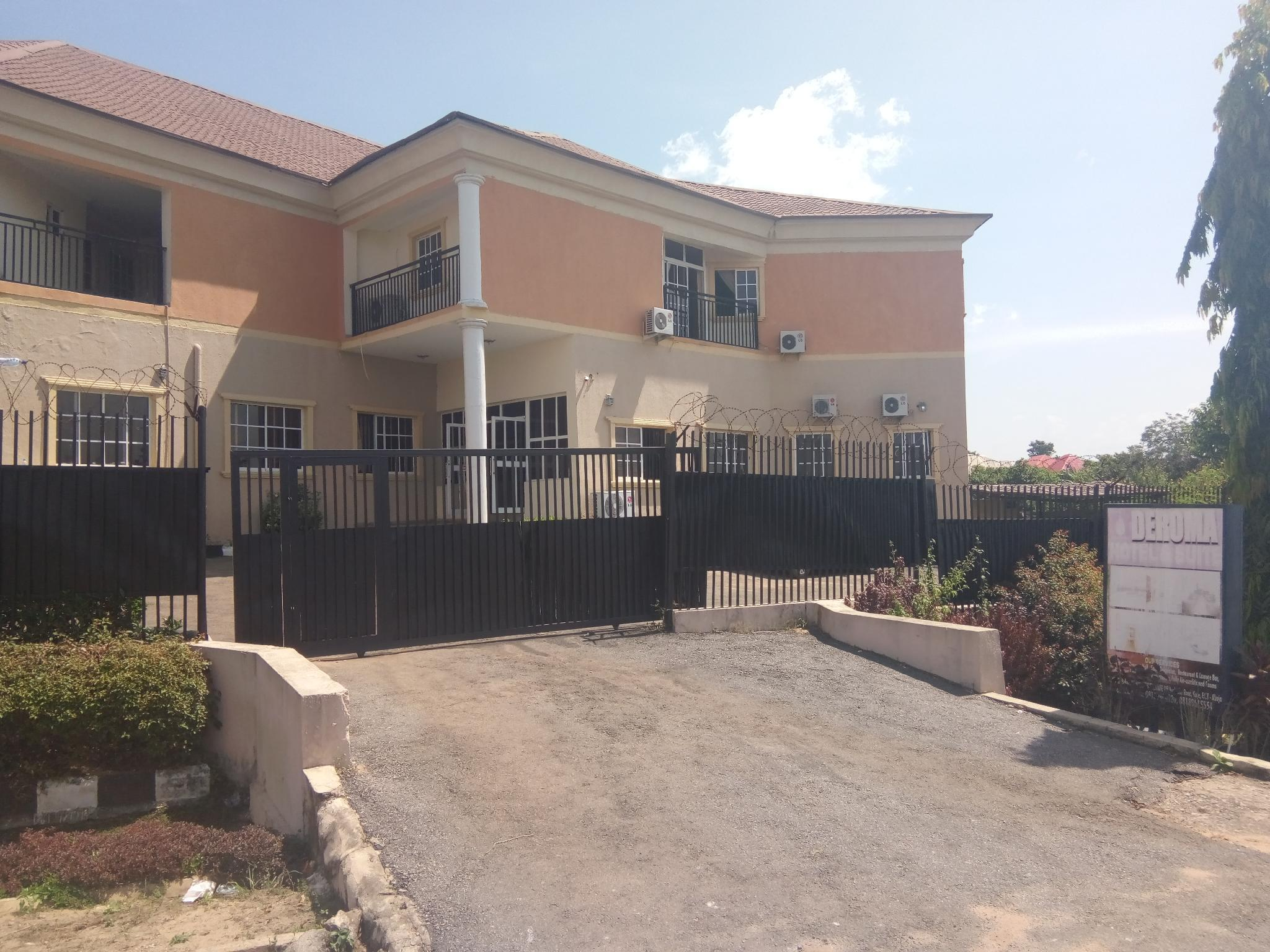 Deroma Hotels And Suites