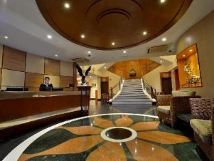 /da-dk/asiana-hotel/hotel/kota-kinabalu-my.html?asq=M84kbVPazwsivw0%2faOkpnBVOoIjMKSDgutduqfbOIjEHdcGBUQGGbcSpGTTQlkLuwadL4HdfUwT5Sqi5YH6ECghnOm5lZl%2fJSIdM8vzob8z1kyQ%2bQsQq9A4mUmUYXb3h