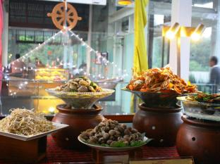 Padma Hotel Bandung Bandung - Theme Dinner