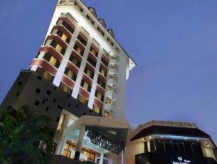 /id-id/hotel-santika-premiere-semarang/hotel/semarang-id.html?asq=jGXBHFvRg5Z51Emf%2fbXG4w%3d%3d