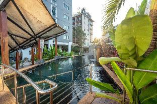 %name Cozy living near Maya & Nimman with Jacuzzi  เชียงใหม่