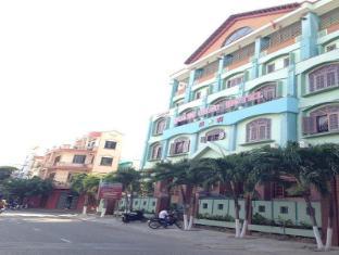 Quang Chau Hotel