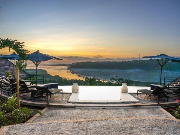 Sunrise Huts Lembongan Bali