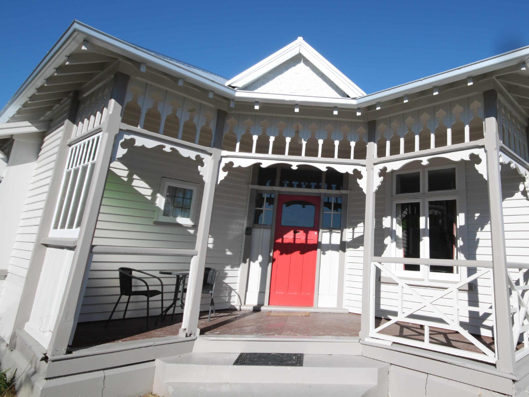 Clarence House   Christchurch Holiday Homes